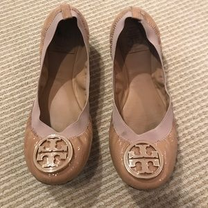 Tory Burch Caroline Flat - Tan/Nude